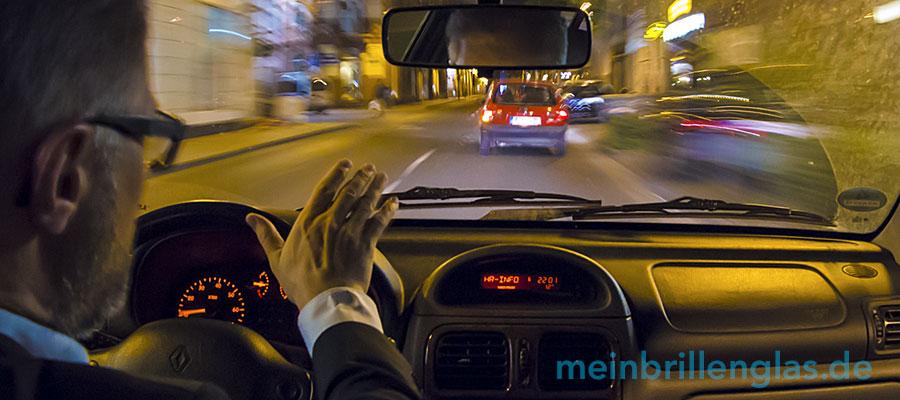 Neue Brillengläser zum Autofahren in der Winterzeit